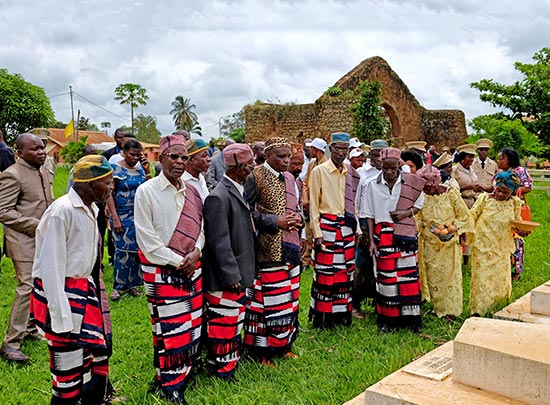 Group of elderly people at Mbanza Kongo in Angola